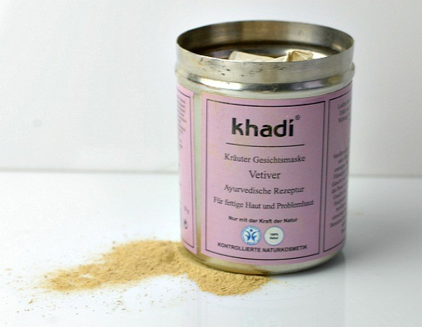 gesichtsmaske gegen pickel khadi